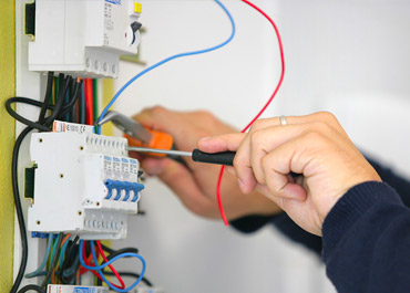 Emergency Electrician Melbourne – Relec Data Electrical